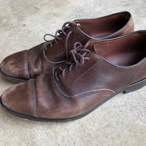 DISTRESSED! Allen Edmonds Park Avenue Brown Captoe